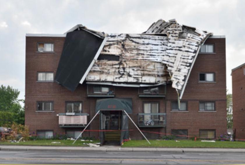 Dommage de toiture, membrane arrachée par le vent, grand Montréal, BEBEXPERTS